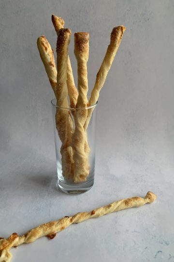 Easy puff pastry cheese straws